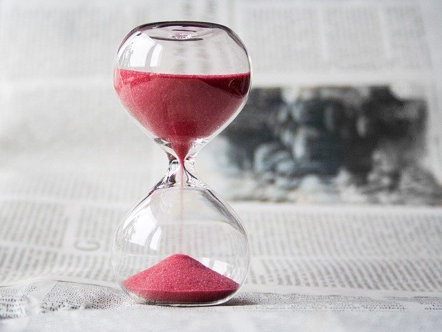 """An image of an hourglass with time running out. Image by <a href=""""https://pixabay.com/users/nile-598962/?utm_source=link-attribution&utm_medium=referral&utm_campaign=image&utm_content=620397"""">nile</a> from <a href=""""https://pixabay.com/?utm_source=link-attribution&utm_medium=referral&utm_campaign=image&utm_content=620397"""">Pixabay</a>"""