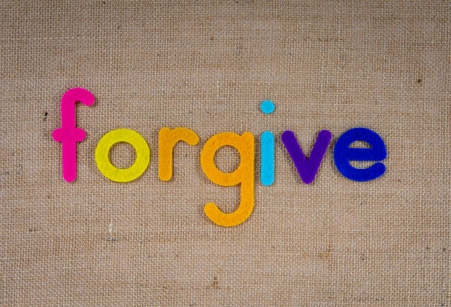 An image of the word forgive.  Photo by Magda Ehlers from Pexels